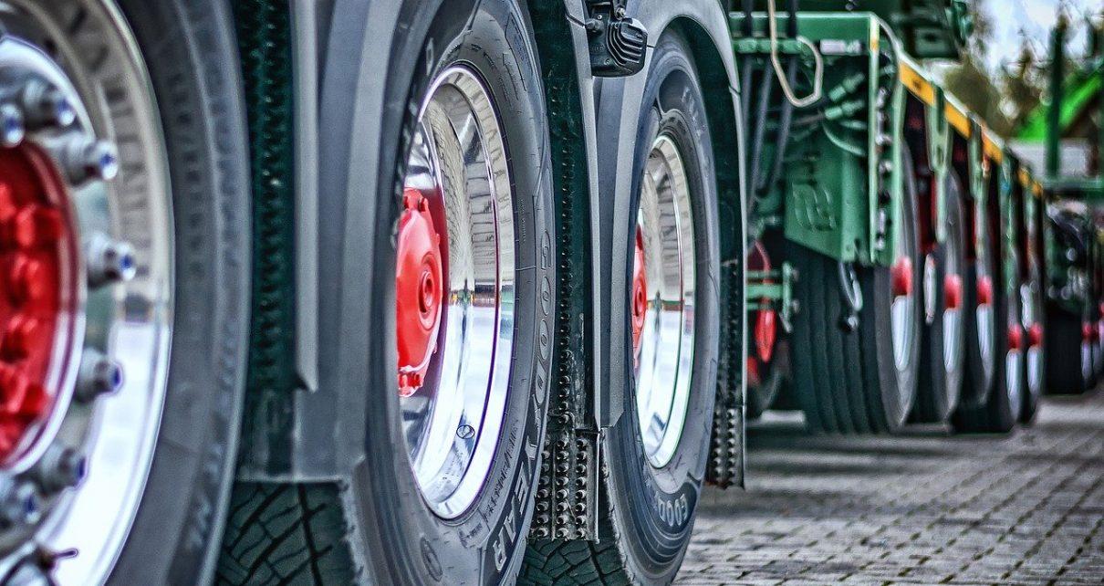 Systemy zarządzania transportem w praktyce